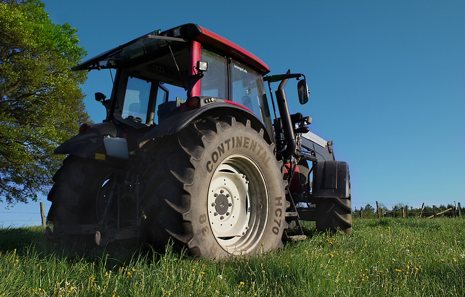 tractor-1555288_960_720